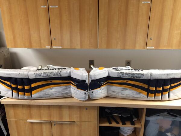 Ryan-Millers-Pads-before-Red-PadSkinz